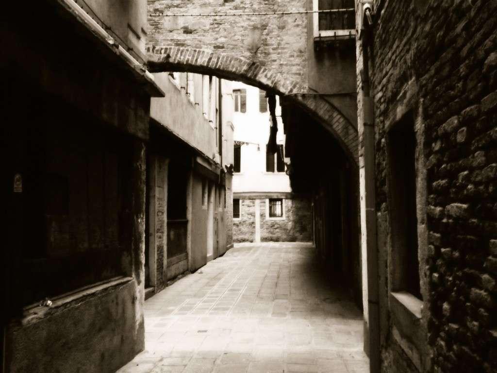 Calle del Volto