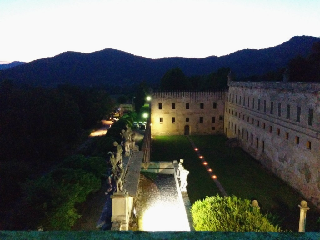 Castello del Catajo visione notturna