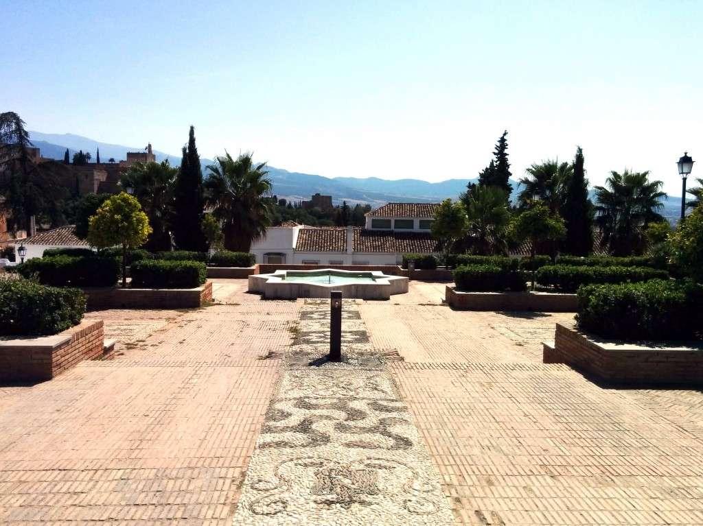 Cosa vedere a Granada: Placeta del Cristo de las Azucenas