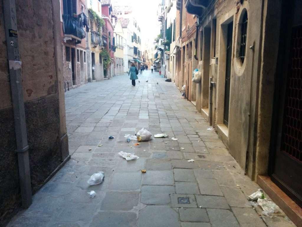 venezia-spazzatura