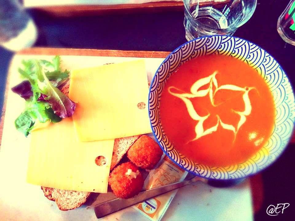 Cosa e dove mangiare ad Amsterdam (low cost e non)