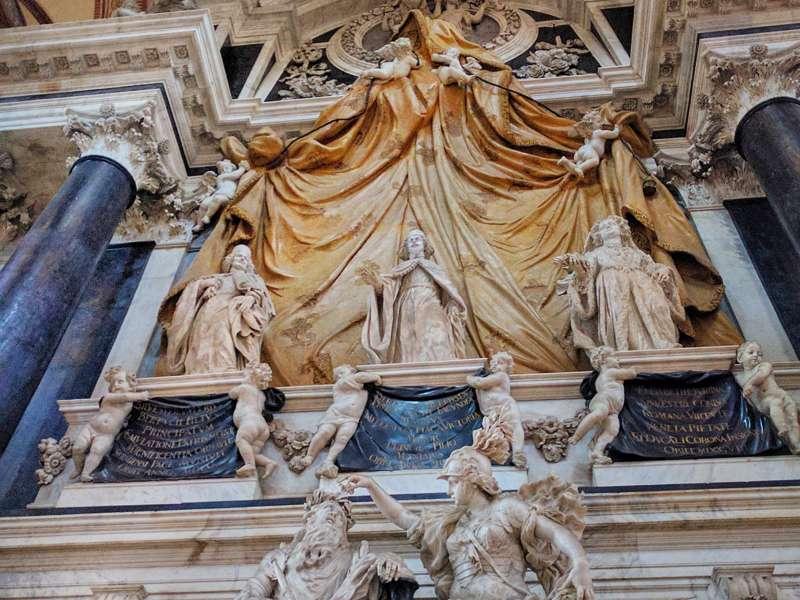 Basilica San Giovanni e Paolo-dettaglio
