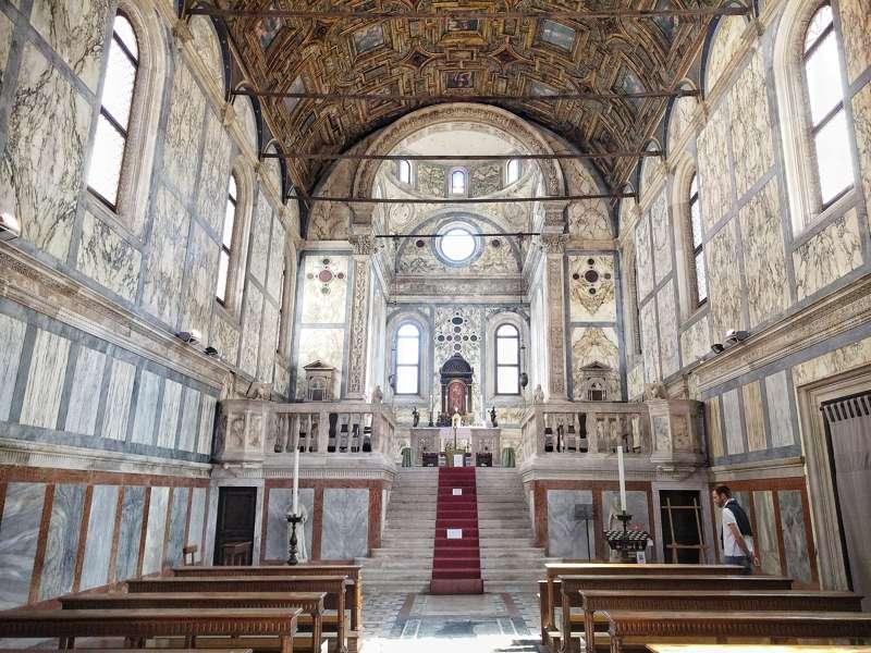 Turista per un giorno a Venezia - Chiesa dei Miracoli_800x